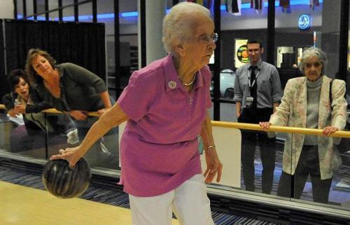 Emma Henrickson, 100 anos