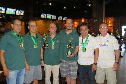 Podium da 2.ª divisão: (E-D) Dannyel Coelho & Enio  Cursino (Vice-Campeões), Bob Lanna & Marcelo Guterman (Campeões) e Márcio Bandeira & Carlos Salgado (3.º lugar)