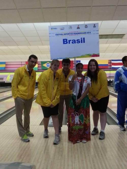 Time Brasil no FOP2014 (e) Renan Zoghaib, Stephanie Martins, João Izaias Neto e Roberta Rodrigues