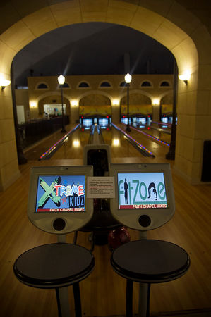 bowling_church1