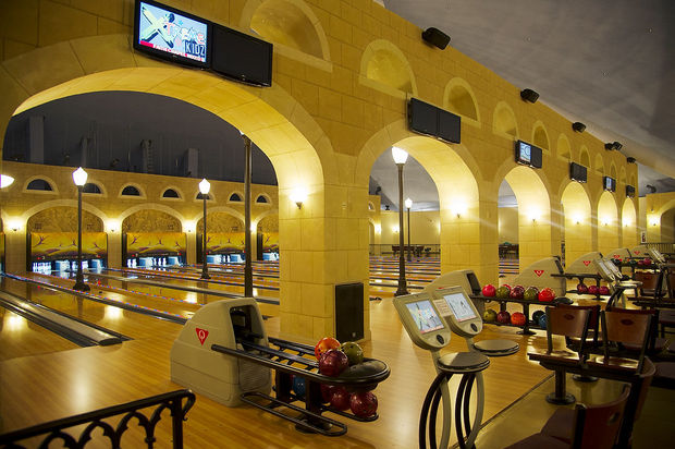 bowling_church5